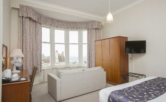 Bournemouth Family Hotels, family rooms bournemouth, Family Hotels Bournemouth